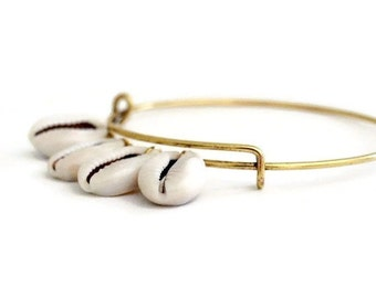 Cowrie Shell Bracelet / Bangle Bracelet / Cowrie Shell jewelry / Boho Gypsy / Cowrie Shell Bangle