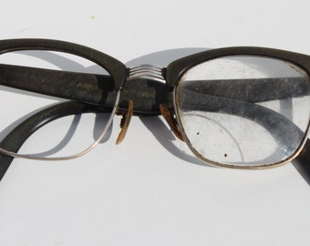 Vintage American Optical Mid Century Military Green Womens Eyeglasses 10-12K GF