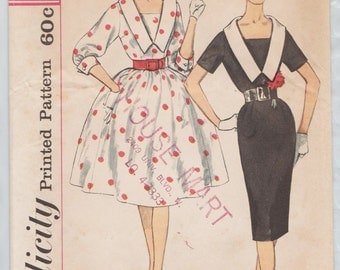 Simplicity 3320 / Vintage 60s Sewing Pattern / Dress / Size 14 Bust 34
