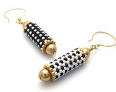 Polka dotted earrings - beaded bead earrings - mismatched earrings - bead woven earrings  - beaded earrings - beadwork earrings