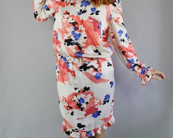 Vintage 80s 1980s Women's Valentino Designer Silk Rare Floral Unique Print Cocktail Party Wedding Guest Spring Summer Dress