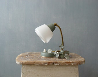 Vintage 50s small bedside lamp. Green mid century lamp with white lampshade and brass neck