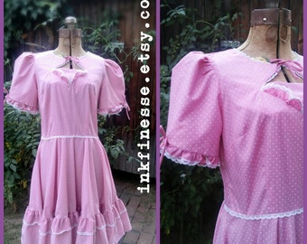 Partners Please - nbw 1960s short puffy sleeves, pink & white polka dots, zipper back, ruffled swing dress - size Medium