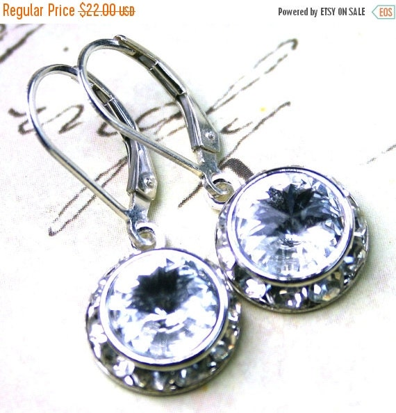 ON SALE Halo Crystal Earrings in Crystal Clear - Bridal Earrings - Swarovski Crystal and Sterling Silver Leverbacks