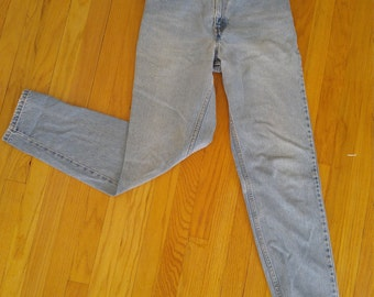 Levis 550 bleach wash distressed sz 6