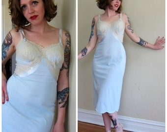 Vintage 1950s Blue Slip Nightgown Negliee with Cream Lace / 50s Lacey Slip Dress in Blue Nylon Tricot / Vanity Fair Medium 34