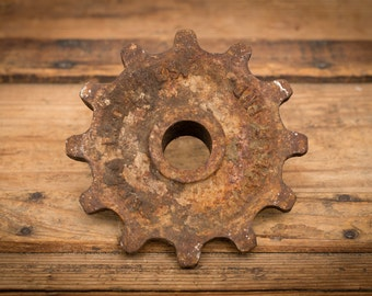 "Burch Plow Works Sprocket, 5"" Cast Iron Gear, 2lbs, Steampunk, Vintage 30s"