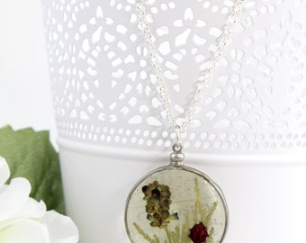 Pressed Flower Necklace - Boho Necklace For Women - Botanical Resin - Dry Flower in Resin Necklace - Real Pressed Flower Jewelry - R18