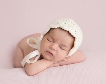 Newborn Girl - Baby Bonnet - Baby Girl Coming Home Outfit - Baby Girl Hats - Infant Prop -Photography Props -White Bonnet -Newborn Baby Girl