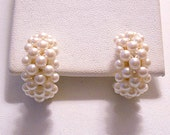 White Pearl Hoops Clip On Earrings Gold Tone Vintage Seed Bead Band Round Wide Open Dangles