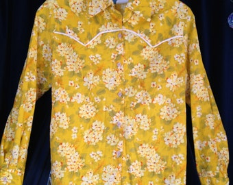 Floral Western Shirt Cowboy Cowgirl Yellow Flowers Piping Cotton? Small Medium Band Shirt Hipster Retro Print 1970's