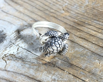 size 7.5 , 7 1/2 - silver wire wrapped metal Sea Turtle ring - beachy ocean men women unisex teen girl boy jewelry - animal totem