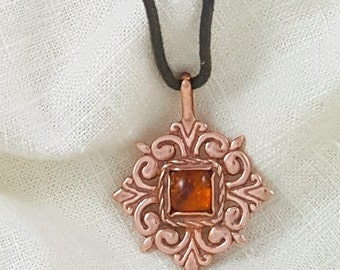 Hand Crafted Solid Copper Elizabethan Necklace Pendant with Amber
