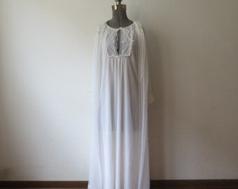 Vintage '50s/'60s 2Pc Penneys Gaymode 2 Pc Keyhole Nightgown, Peignoir, Layers of Chiffon! M/L
