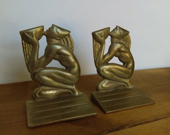 Vintage Wisdom Well Bookends Art Deco Egyptian Revival Style 1920s