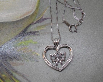 Sterling Silver & Diamonds MOM Heart Pendant Necklace    NG42