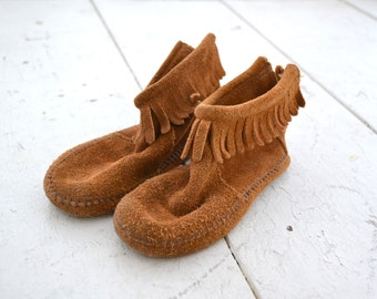 1970s Kids' Minnetonka Fringed Moccasin Boots