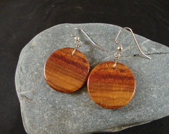 Tulip Wood Round Dangle Earrings - Natural wood - Great gift for a birthday or anniversary