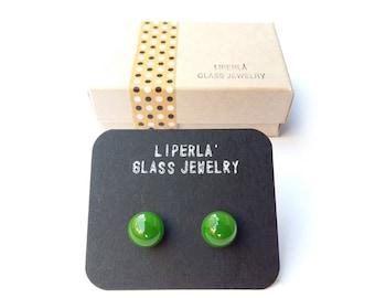 Emerald stud earrings,  Emerald Glossy Murano studs, 8,5mm post, emerald green earring studs