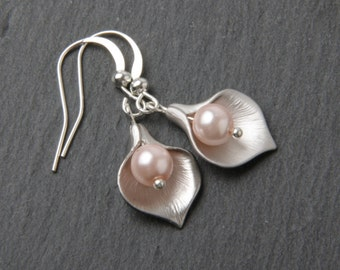 Bridesmaid earrings - calla earrings - Pink wedding - Silver and pink pearls calla lily earrings - silver wire -pink calla earrings - Canada