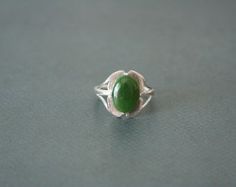 Silver Ring Green Jade Handmade - made in silver with a green jade cabochon
