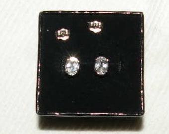 14k- 2.50tcw Genuine diamond-like Oval White Sapphire Earrings