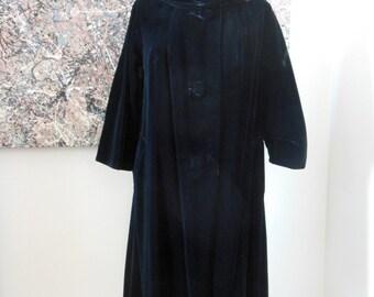 Dry Cleaned Vintage Black Velvet Coat Woman's Elegant Coat with 3/4 Length Sleeves DRY CLEANED Velvet Swing Coat
