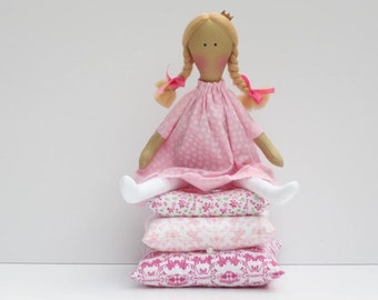 Rag doll The Princess and the Pea cloth doll fairy tale princess fabric doll pink blonde cute stuffed doll play set nursery decor