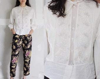 Vintage White Button Up Blouse XS/S