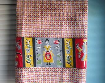 Vintage Fabric, Mid Century Fabric, Pennsylvania Dutch Fabric, 1950's Fabric, Scandinavian Fabric, Colonial, Floral, Dutch Colonial Fabric