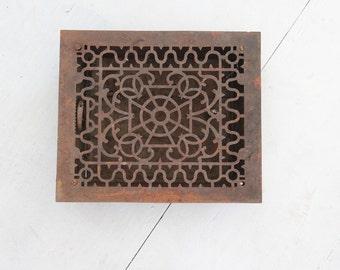Ornate Antique Cast Iron Grate