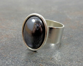 Gray Ring, Silver, Oval Ring, Hematite, Mirror Ring, Stone Ring, Gemstone Ring, Rings for Women, Small Ring, Adjustable, Silver Ring