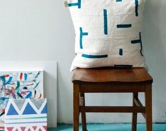 LeCorb Mudcloth Pillow Cover (de)constructed