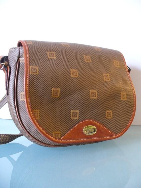 items similar to texier crossbody messenger bag made in france on etsy. Black Bedroom Furniture Sets. Home Design Ideas