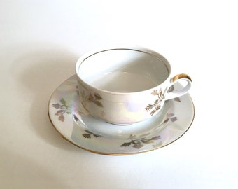 Beautiful German Opalescent Tea Cup and Saucer - East German GDR KAHLA