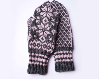 Light Pink and Gray Mittens // Traditional Norwegian Mittens // Selbuvotter