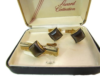 """Shop """"retirement gift for man"""" in Jewelry"""
