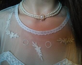 Wedding Pearl Necklace Victorian Bridal Vintage Bridal Necklace Wedding Gold Necklace Ivory Pearl Necklace Pearls Collier Wedding Flower