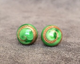 Vintage Japanese Green Glass Cabochon Earrings Sterling Silver 8mm Stud CODE SHOPSMALL20