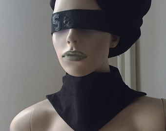 Black Widow Turtle Neck Choker
