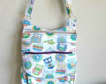 Crossbody Bag With Many Pockets and Owl Print by Florence