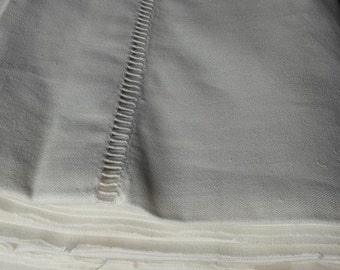 "Vintage Metis Linen Ladder Work Sheet, French UNUSED Fleur Bleue de Metis 85"" X 122"""