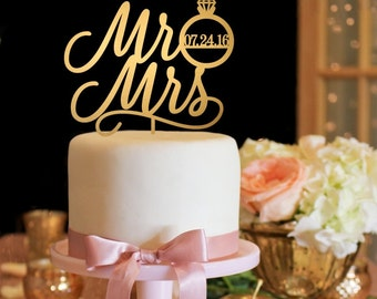 Wedding Cake Topper - Mr and Mrs Cake Topper - Gold Cake Topper
