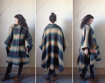 wool cape back coat/  vintage poncho cape// sm.med.lg