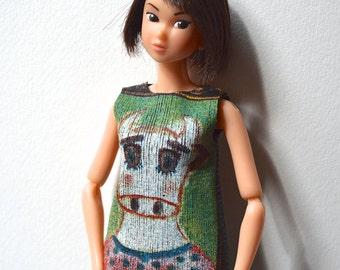 Momoko Doll Top - Momoko Outfit - Tee-shirt - Green - Cow - Handmade