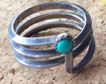 Vintage Handmade Spiral Sterling Silver Turquoise & Sterling Silver Ring - Size 6