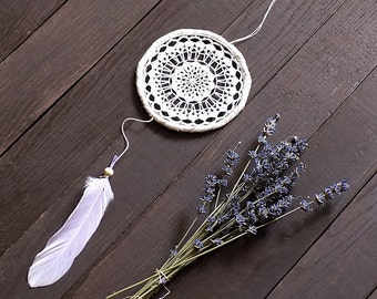 Boho dream catcher, ivory white, lavender, crochet doily, wall hanging, wall decor, unique, handmade, home decor, medium, 5', dreamcatcher