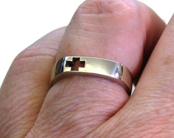 Sterling Silver Cut-Work Cross Ring ~ Christian Cross Ring ~ Nun's Ring ~ sizes 5 or 7
