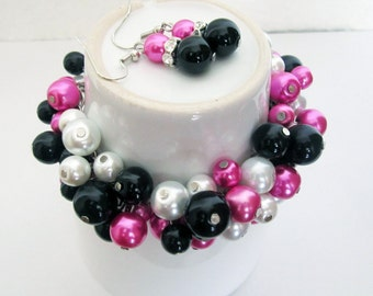 Hot Pink, Black and White Bridesmaid Bracelet, Pearl Cluster Bracelet, Bridesmaid Bracelet, Stargazer Lily Pink, Bridal Party Jewelry,