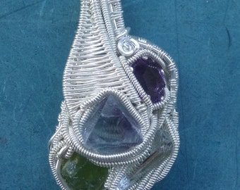 925 Silver wirewrapped pendant with gemstones